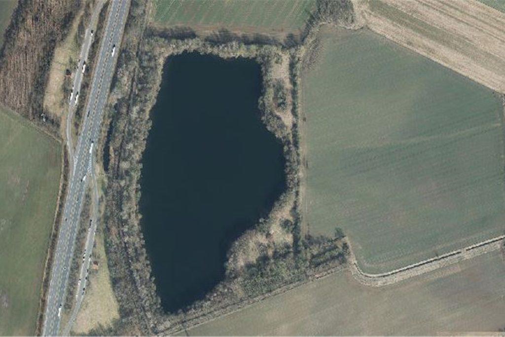 Der Holtwicker See liegt direkt neben der A31. Dort verbuddelte der Legdener 300 Gramm Marihuana als