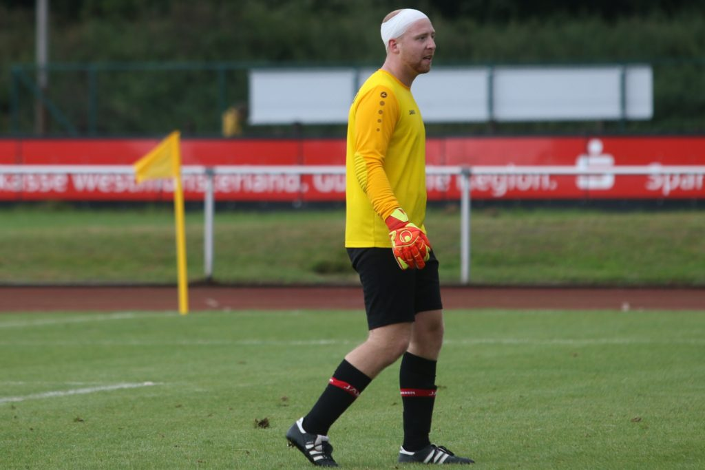 Jan Stember hat sich gegen Union Lüdinghausen eine Platzwunde am Kopf zugezogen.