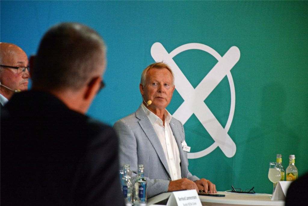 Der Liberale Karlheinz Busen bewirbt sich zum zweiten Mal für einen Sitz im Bundestag.