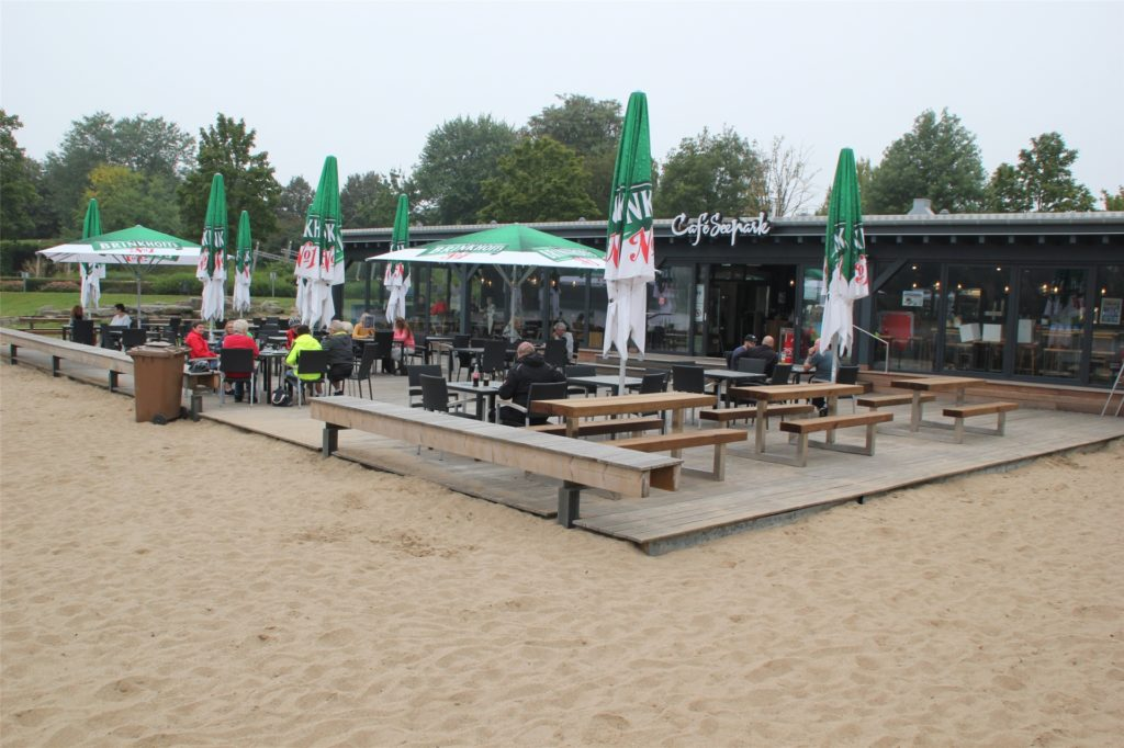 """Am Samstagmittag war das Cafe """"Horstmarer See"""" nur spärlich besucht. Anders als sonst üblich."""