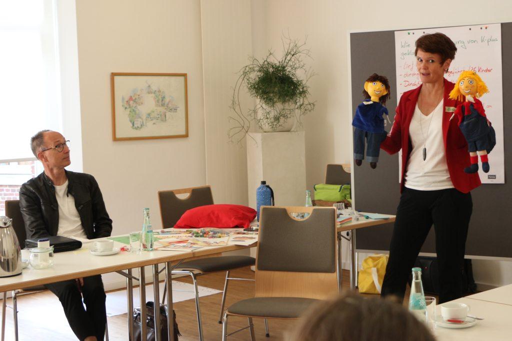 Verbundleiter Dieter Bonhoff betont die enorme Bedeutung der Seminarinhalte für die Entwicklung der Kinder.