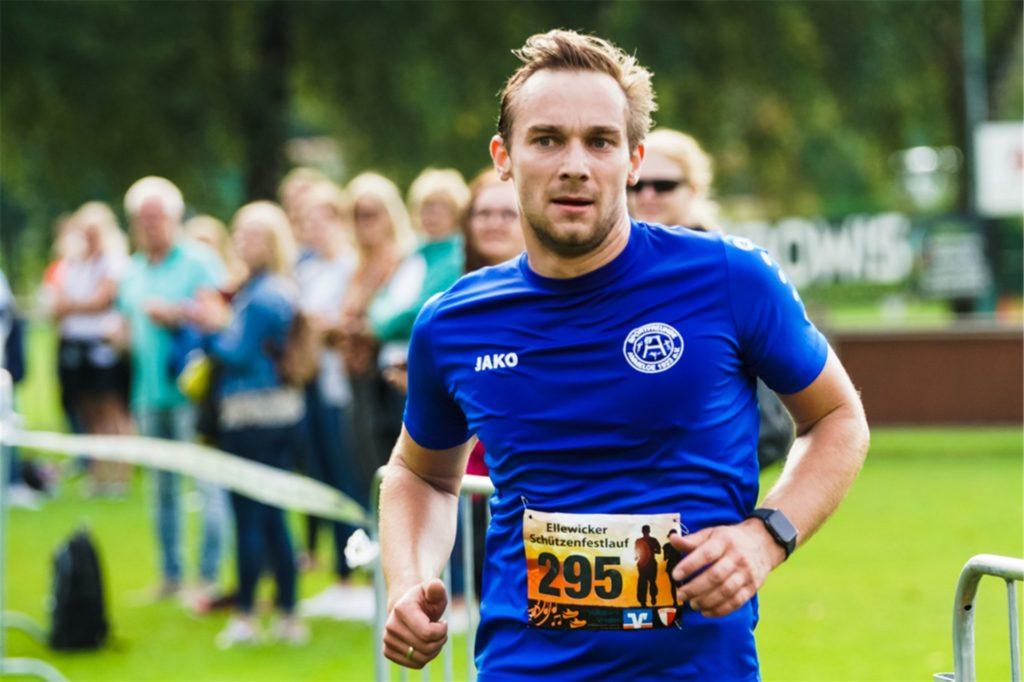 Jörg Temminghoff (SF Ammeloe) gewann den Fünf-Kilometer-Lauf.