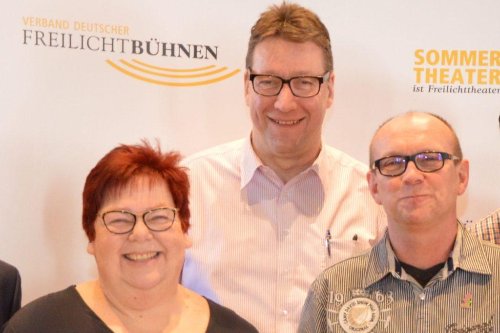 Karin Zurstraßen, hier auf einem Archivbild mit Gunar Krause und Christoph Bergmann, zu sehen, kündigte an, dass sie und ihr Mann Martin kürzer treten werden.