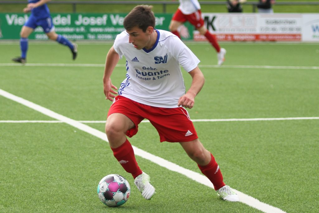 """Fabian Baake wurde von den Südkirchener Anhängern zum """"Man of the Match"""" gekürt."""