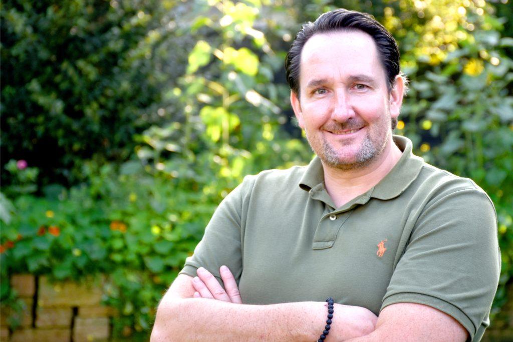 Matthias Merten (45) liebt und pflegt seinen Rasen. Im Freundes- und Bekanntenkreis wird er natürlich oft um Rat gefragt. Auf seinem Instagram-Account