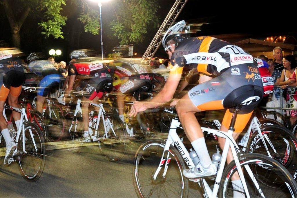 Das Nachtuhlenrennen steht als Traditionsveranstaltung für sich alleine und soll nicht in ein Stadtfest eingebunden werden.